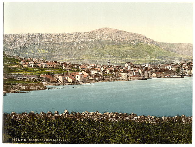 [Traû, general view, Dalmatia, Austro-Hungary]