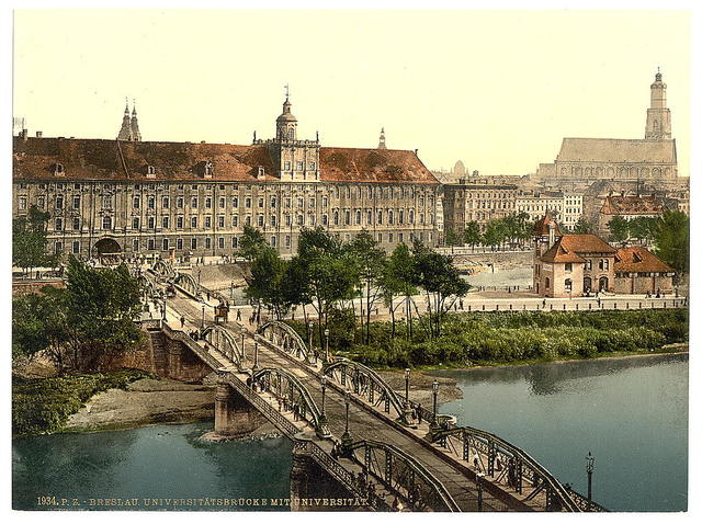 [University with bridge, Breslau, Silesia, Germany (i.e., Wrocław, Poland)]