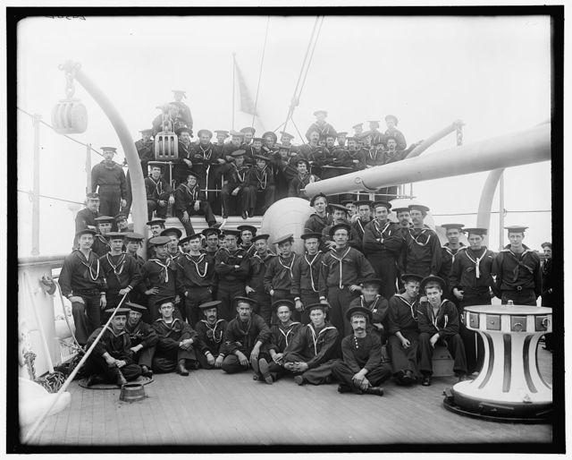 U.S.S. Chicago, a forecastle group