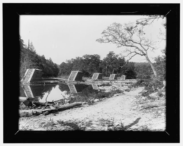 [West Virginia, Camden on the Gauley, upper end of boom]
