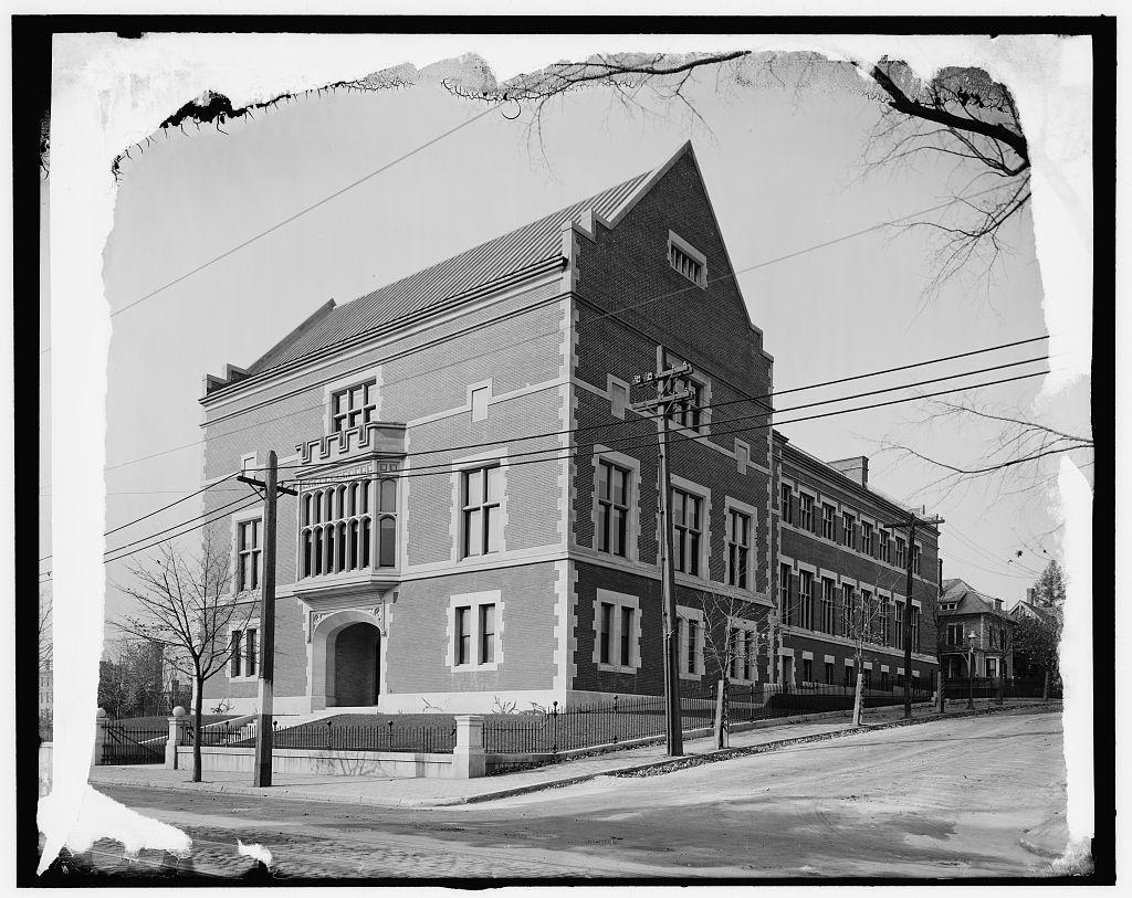 [Worcester, Mass., Polytechnic Institute, Boytin [i.e. Boynton] Hall]