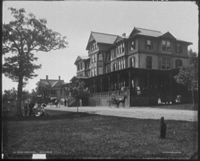 Deer Park Hotel - East House