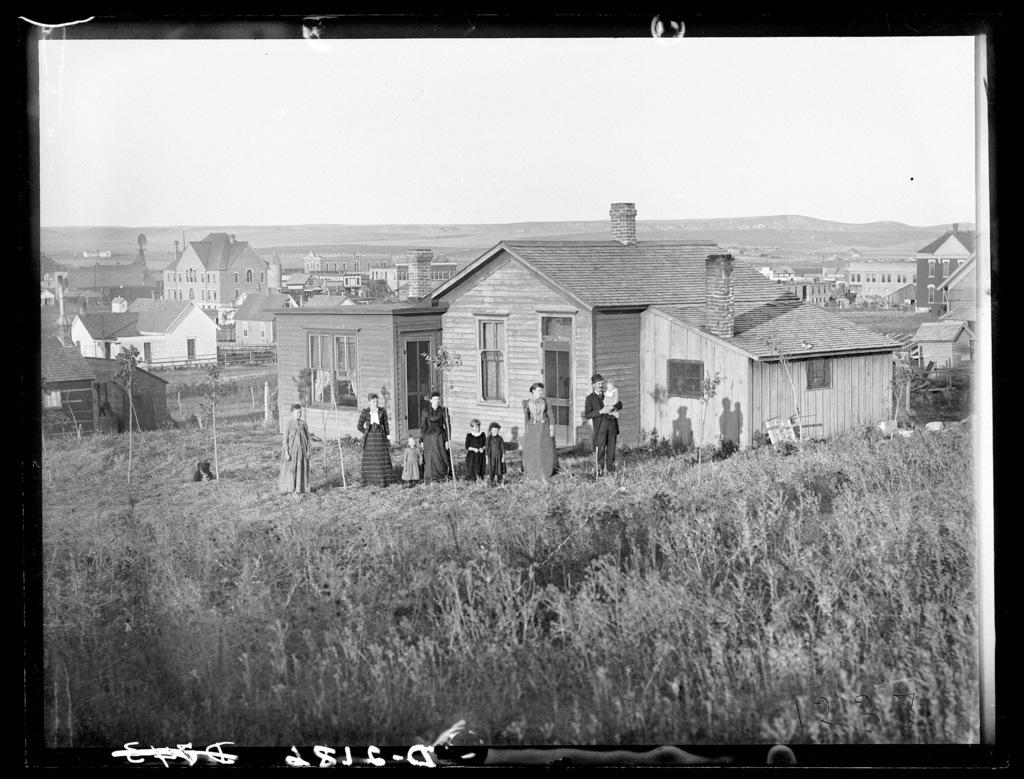 John G. Painter's home in Broken Bow, Custer County, Nebraska.