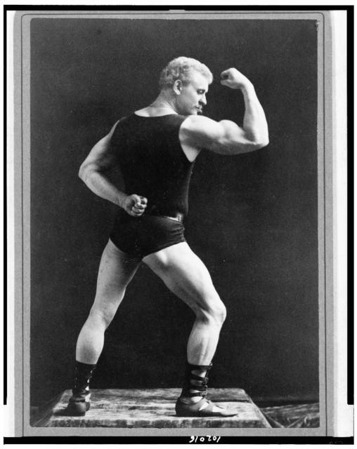 [Eugen Sandow, full-length portrait, standing, facing right, rear view, displaying arm muscles] / Sarony, 37 Union Sqr., N.Y.