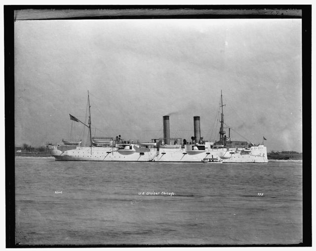 U.S. cruiser Chicago