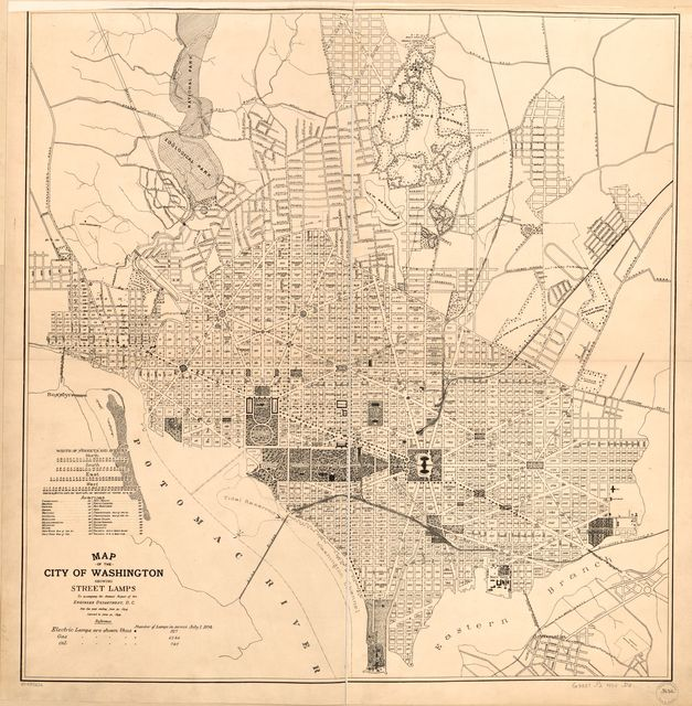 Map of the city of Washington showing street lamps : to accompany the annual report of the Engineer Department, D.C., for the year ending June 30, 1894.