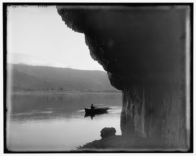 [Across the Columbia at Cape Horn, Vancouver, British Columbia (i.e. Washington)]