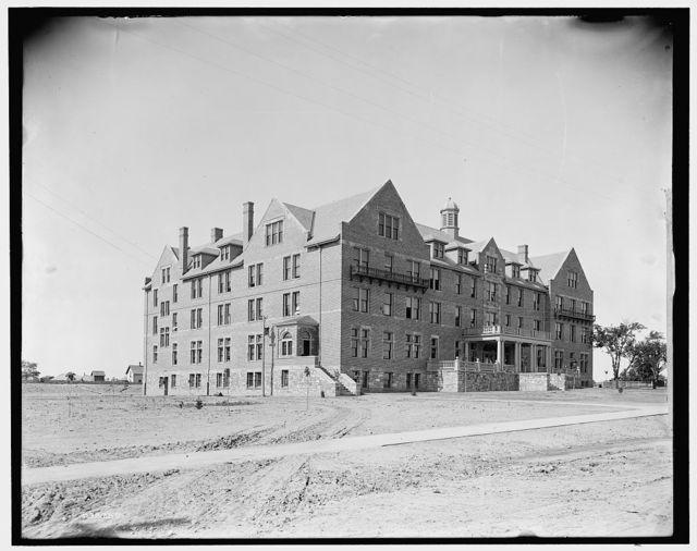 [Alma College, Wright Hall, Alma, Mich.]