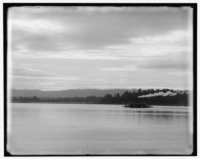 [Ferry over Columbia River, Vancouver, British Columbia (i.e. Washington)]
