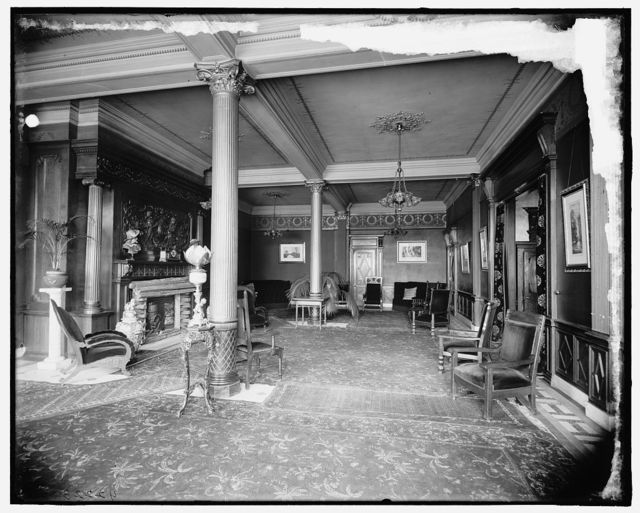[Hotel Cadillac, Red Room, Detroit, Mich.]