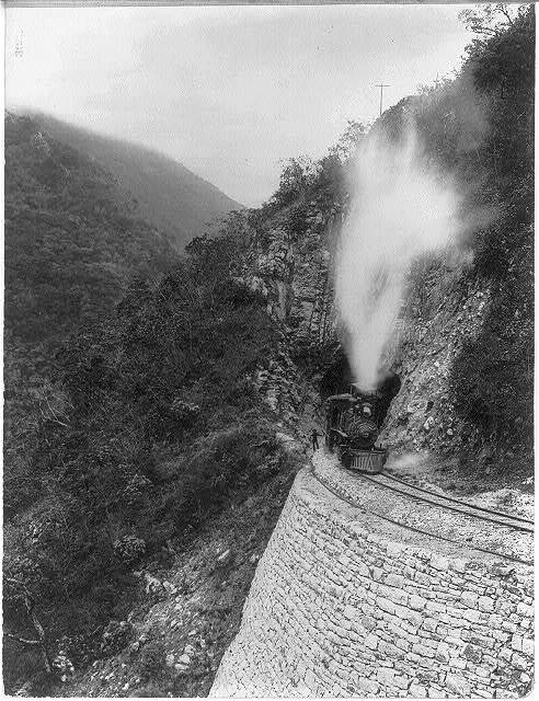 [Mexico - Railroad scenes: locomotive #124 in mouth of tunnel, Temaposa Canon]