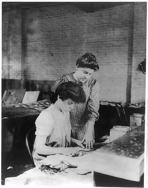 Miss Bessie Prince and Miss Ella Parrott working in a shoe factory, Lynn, Mass.