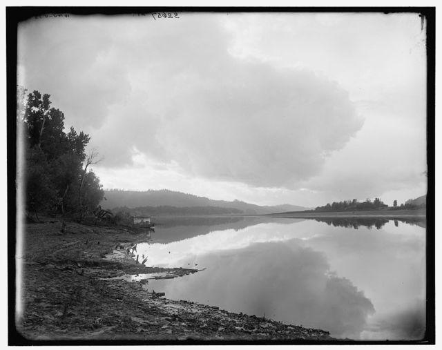 [On the Columbia near Cape Horn, Vancouver, British Columbia (i.e. Washington)]