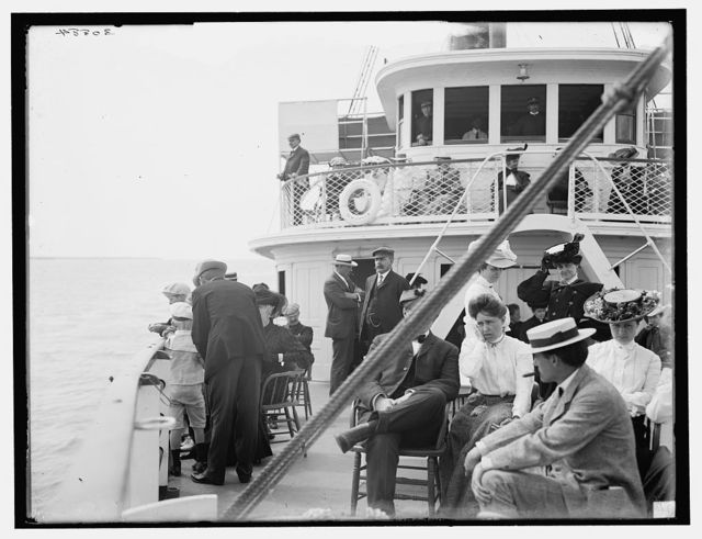 [Passengers aboard the Martinique, New Haven]