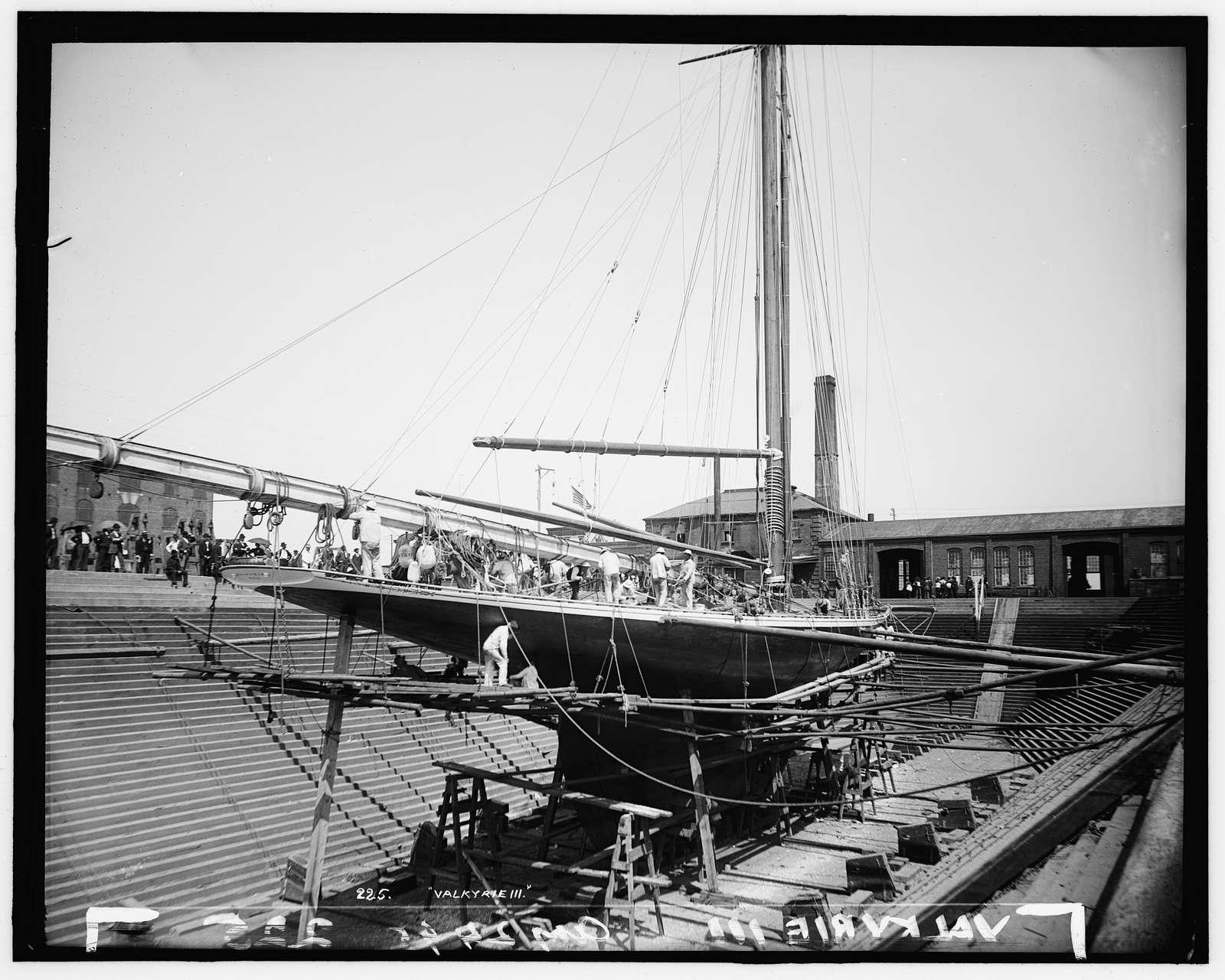 Valkyrie III in Erie Basin