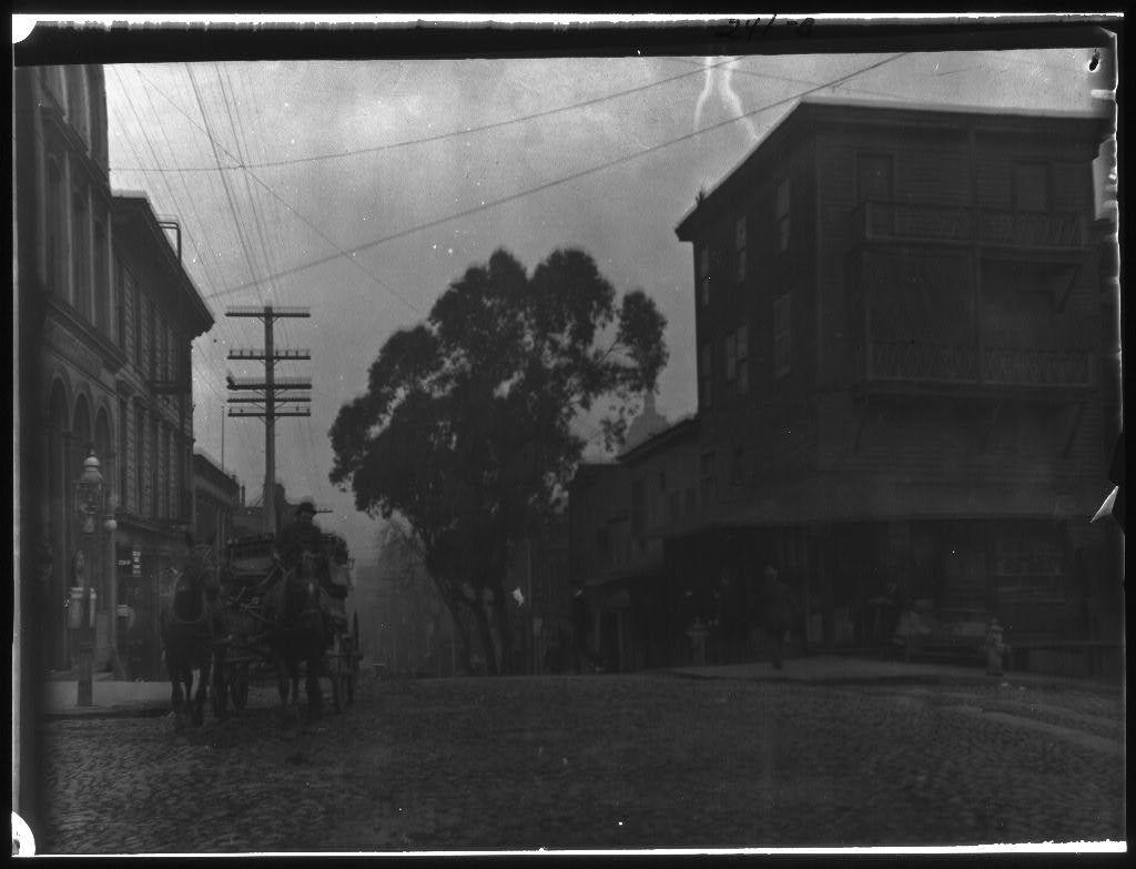 Dupont Street entrance to Chinatown, San Francisco
