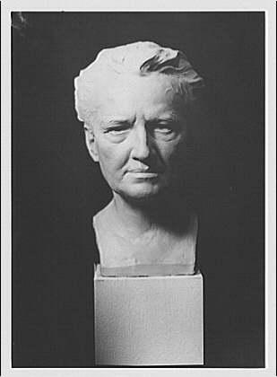 Portrait sculpture of Arnold Genthe