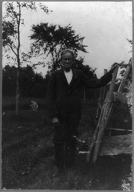 [Elijah Kellogg, full-length portrait, standing, facing left]