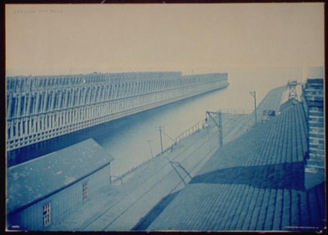 Escanaba, ore docks