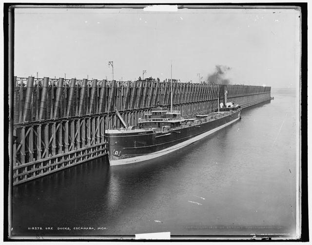 Ore docks, Escanaba, Mich.