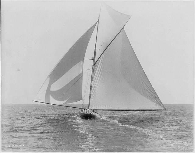 [Sailboats sailing]: SHAMROCK
