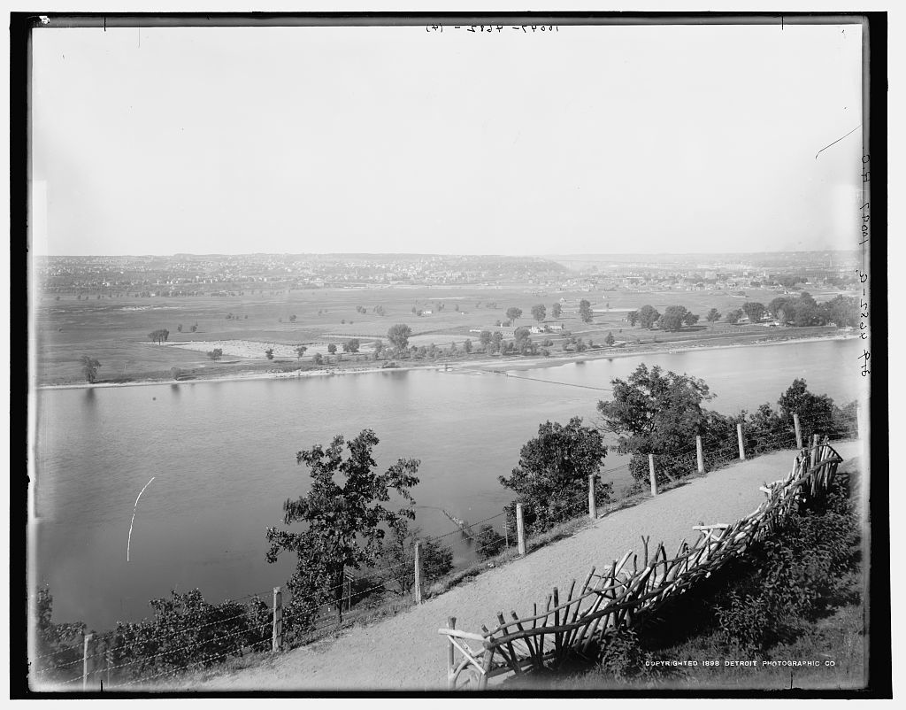 [The Valley of the Mississippi, St. Paul, Minn. ]