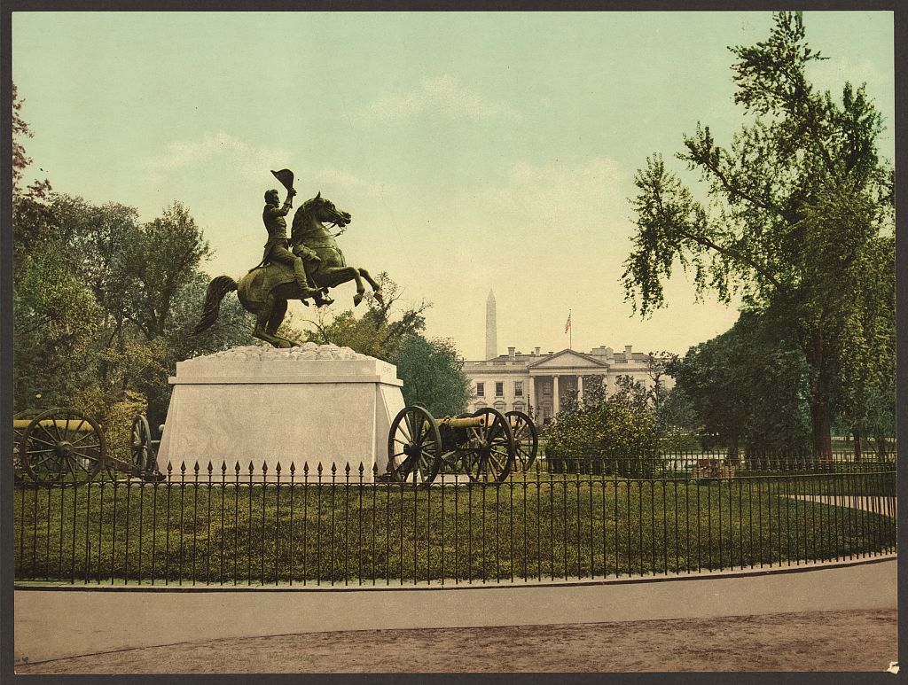 Washington. Jackson Monument and White House