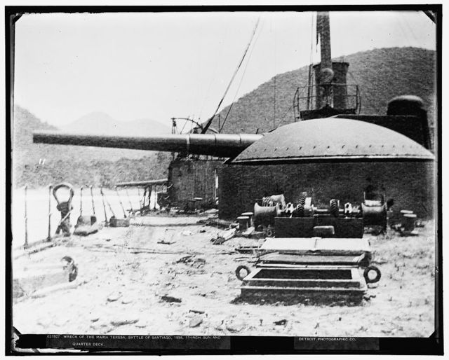 Wreck of the Maria Teresa, Battle of Santiago, 1898, 11-inch gun and quarter deck, 1898