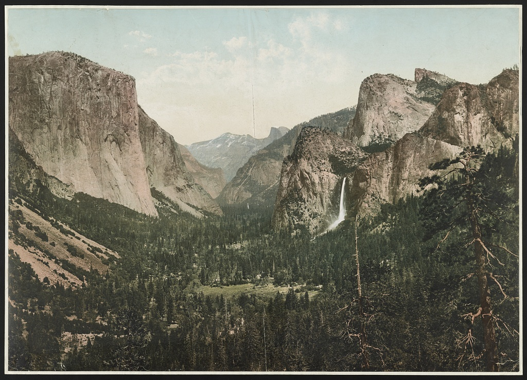 Yosemite Valley from Artists' Point, Calif.
