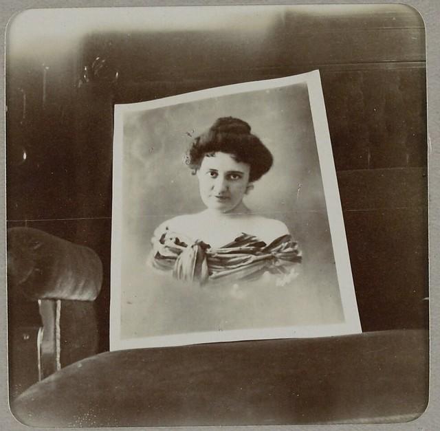 Portrait of soprano soloist Maud Reese Davies
