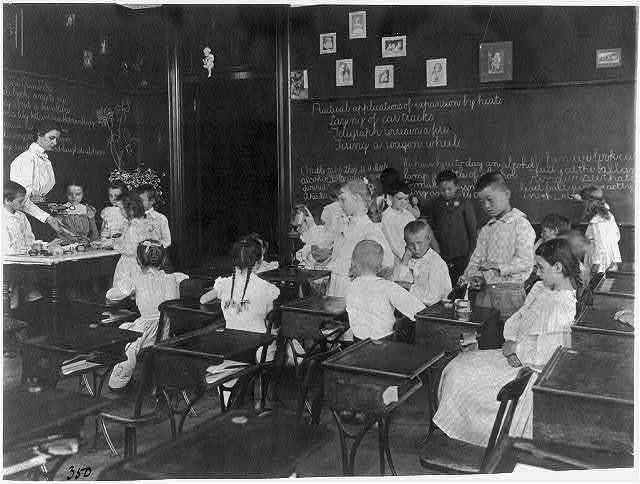 [School children conducting simple experiments, Washington, D.C.]