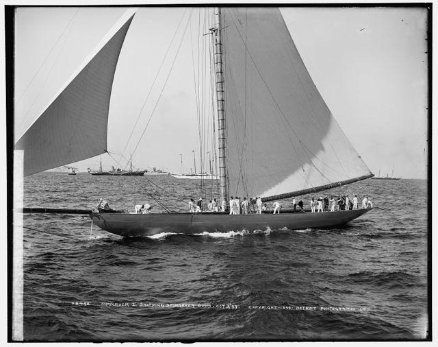 Shamrock I, shipping spinnaker boom