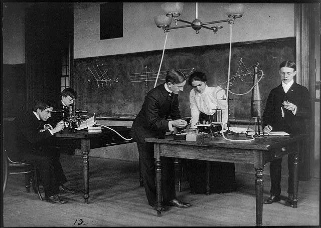 [Students in a science class conducting experiments, Western High School, Washington, D.C.]