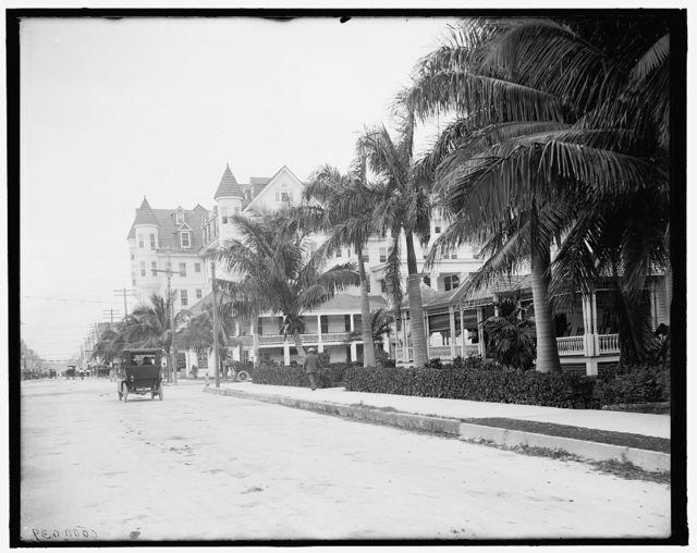 [12th Street and Halcyon Hotel, Miami, Fla.]