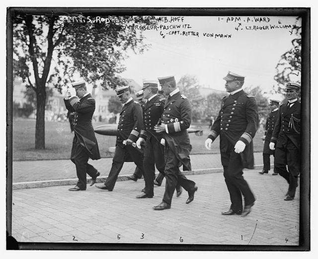 Amer. & German admirals with Count Bernstorff