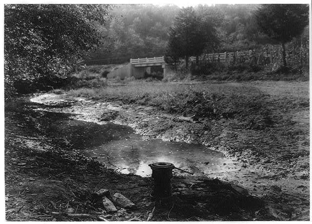 American oil well said to be the oldest well in America