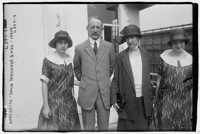 Antionette, Emile Dreschner & wife, Irene