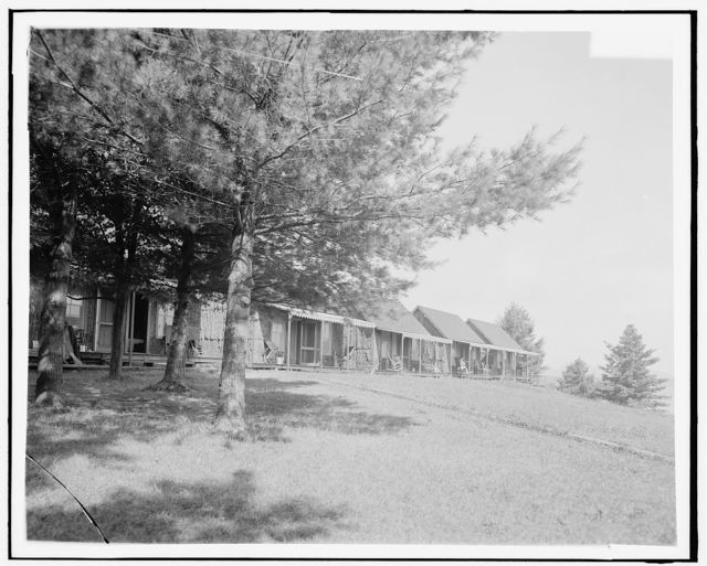 [Bark lodge, the Antlers, Raquette Lake, Adirondack Mtns., N.Y.]