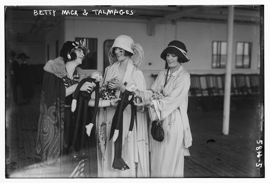 Betty Mack and Talmages i.e. Connie and Norma Talmadge