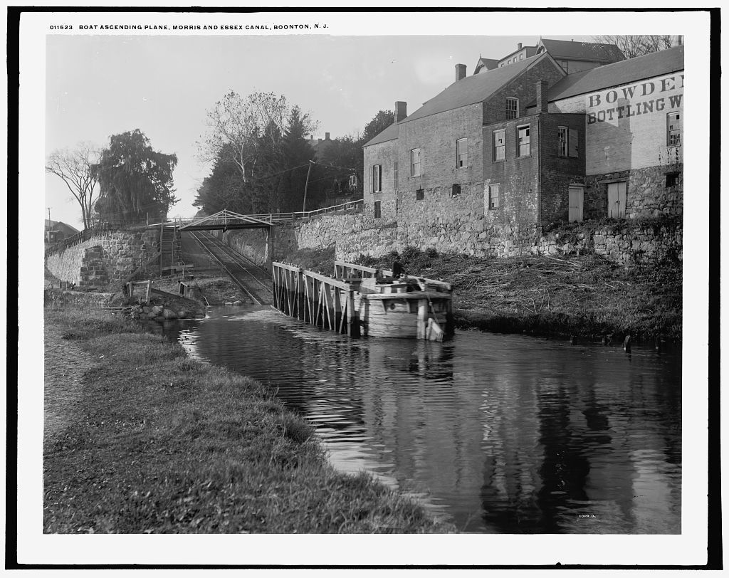 Boat ascending plane, Morris and Essex canal, Boonton, N.J.