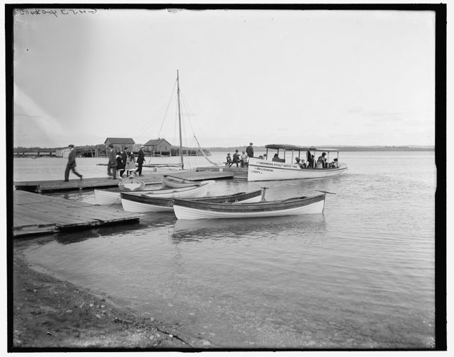 [Boat landing at the Inn, Charlevoix, Mich.]