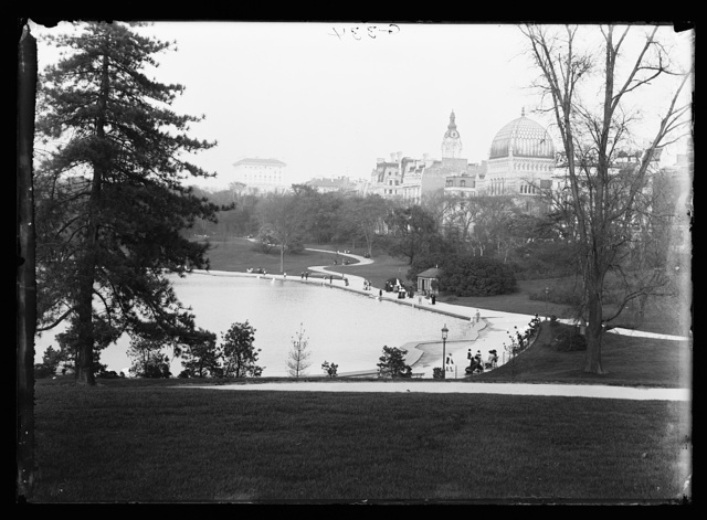 [Boat pond and Temple Beth-El, Central Park, New York, N.Y.]