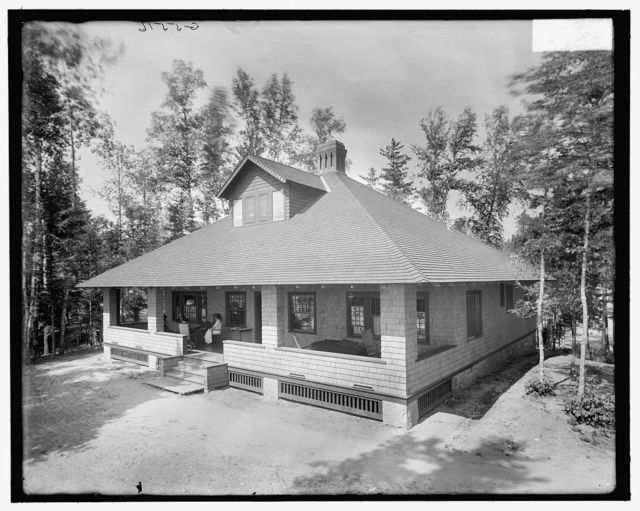 [Brick cottage, the Antlers, Raquette Lake, Adirondack Mtns., N.Y.]