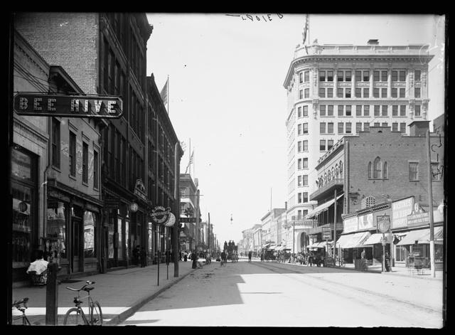 [Broughton Street, Savannah, Ga.]