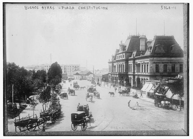 Buenos Ayres, Plaza Constitucion