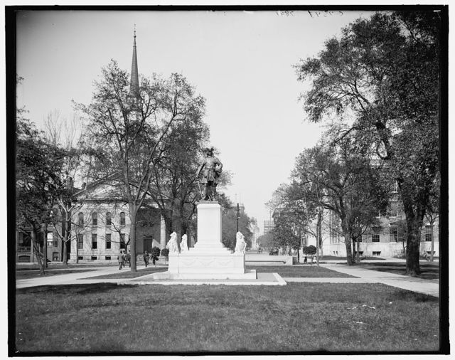 [Bull St., north from Oglethorpe Monument, Savannah, Ga.]