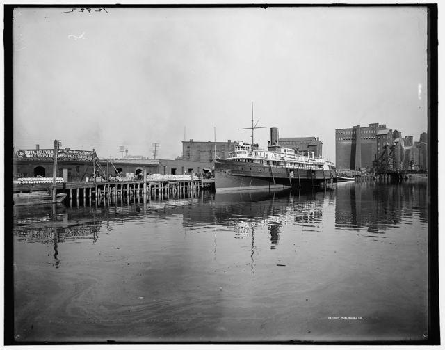 C. & B. Line freight docks, Buffalo, N.Y.