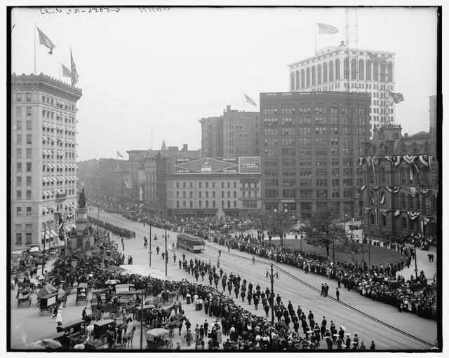 [Campus Martius from Detroit Opera House, Detroit, Mich.]