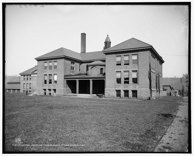 Chemical laboratory, Michigan School of Mines [i.e. Michigan Technological University], Houghton, Mich.