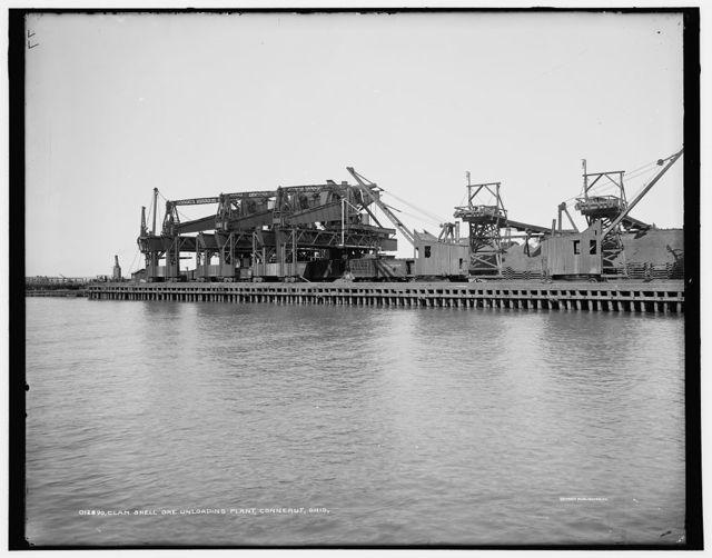 Clam shell ore unloading plant, Conneaut, Ohio